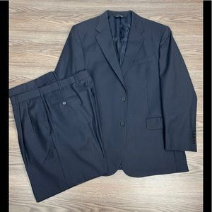 Jos A Bank Signature Navy w/ Blue Pinstripe Suit